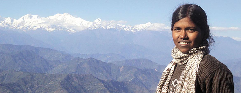 Pooja malavath en la montaña