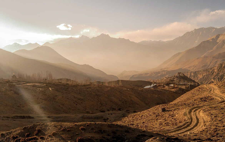 Vista de Jomsom y las montañas Del Valle de Langtang