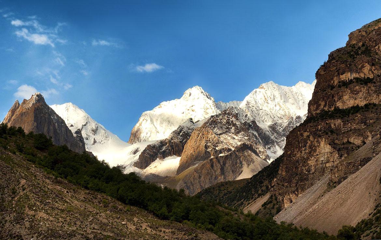 Cumbres de la Patagonia de Asia