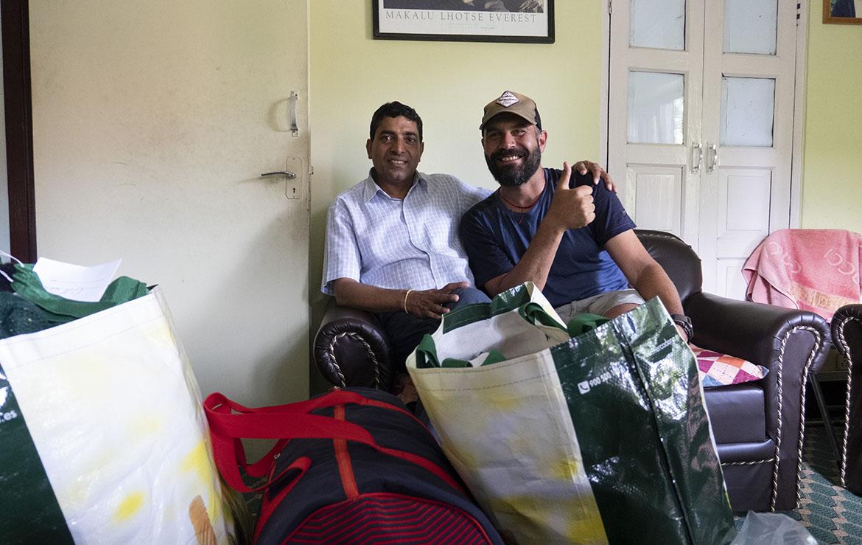 Murari Gautam, director de CANEPAL en KTM y Edu Lalanda, CEO de Malamalama